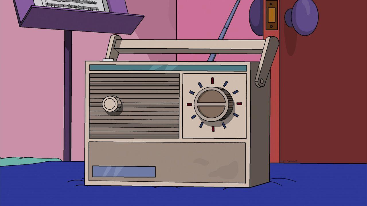 Tumi liebt dieselbe eigenartige Radioshow, auf die auch Lisa steht und für die sich sonst noch nie jemand erwärmen konnte. Eigentlich hätte das Lisa... - Bildquelle: 2013 Twentieth Century Fox Film Corporation. All rights reserved.
