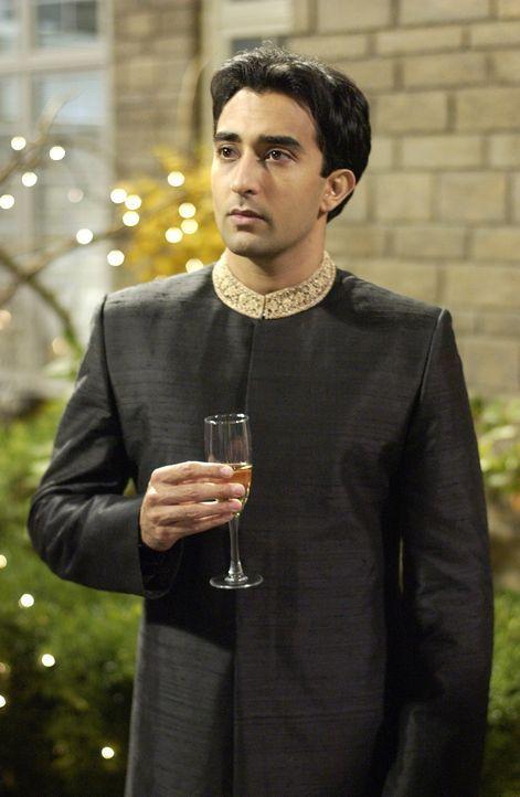 Rahuls (Rahul Khanna) Mutter droht ihm, dass seine Schwester Twinky erst dann heiraten darf, wenn er eine Braut gefundet hat. Das muss jedoch schnel... - Bildquelle: Universum Film
