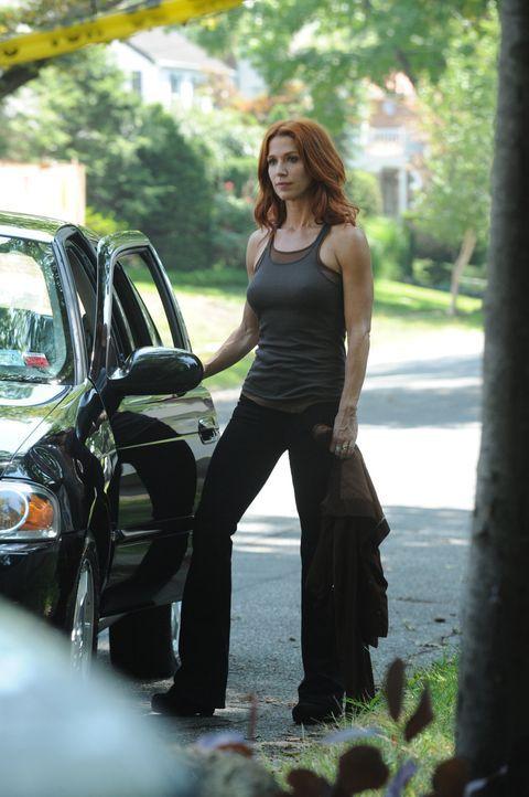 Versucht, einen neuen Mordfall aufzudecken: Carrie (Poppy Montgomery) ... - Bildquelle: 2011 CBS Broadcasting Inc. All Rights Reserved.