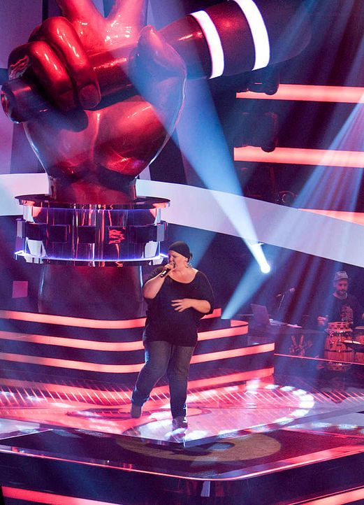 the-voice-stf01-epi01-09-nina-richard-huebner-prosiebenjpg 769 x 1065 - Bildquelle: Richard Hübner