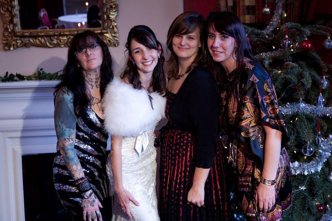 Vier Bräute wollen beweisen, dass ihre Traumhochzeit das Fest der anderen ganz klar in den Schatten stellt. - Bildquelle: ITV Studios Limited 2010