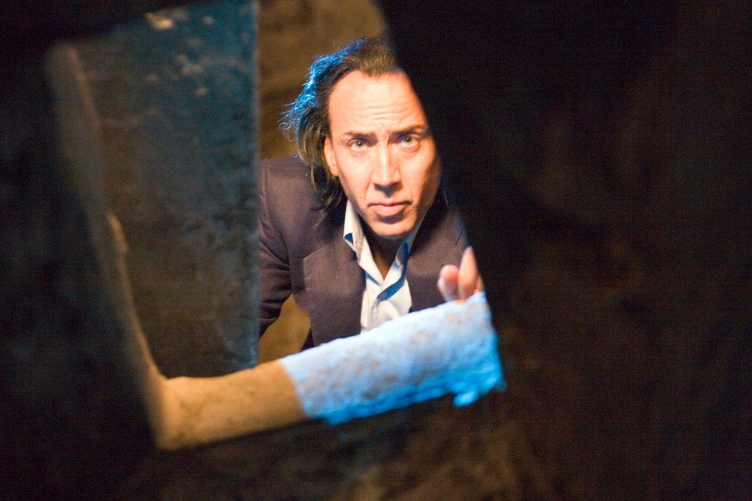 Ein eiskalter Killer: Doch dann geraten Joes (Nicolas Cage) Grundsätze ins Wanken ... - Bildquelle: Constantin Film