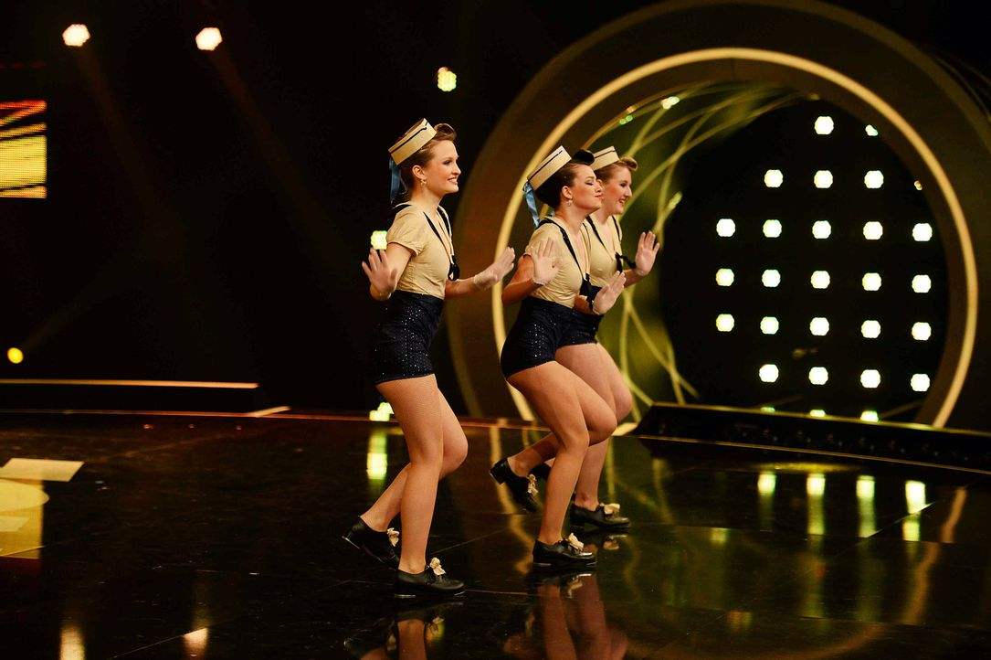Got-To-Dance-Sailor-Girls-02-SAT1-ProSieben-Willi-Weber - Bildquelle: SAT.1/ProSieben/Willi Weber