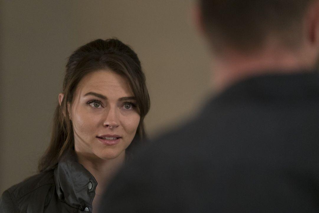 Hat sehr schlechte Nachrichten im Gepäck: Allie (Trieste Kelly Dunn) ... - Bildquelle: Warner Brothers