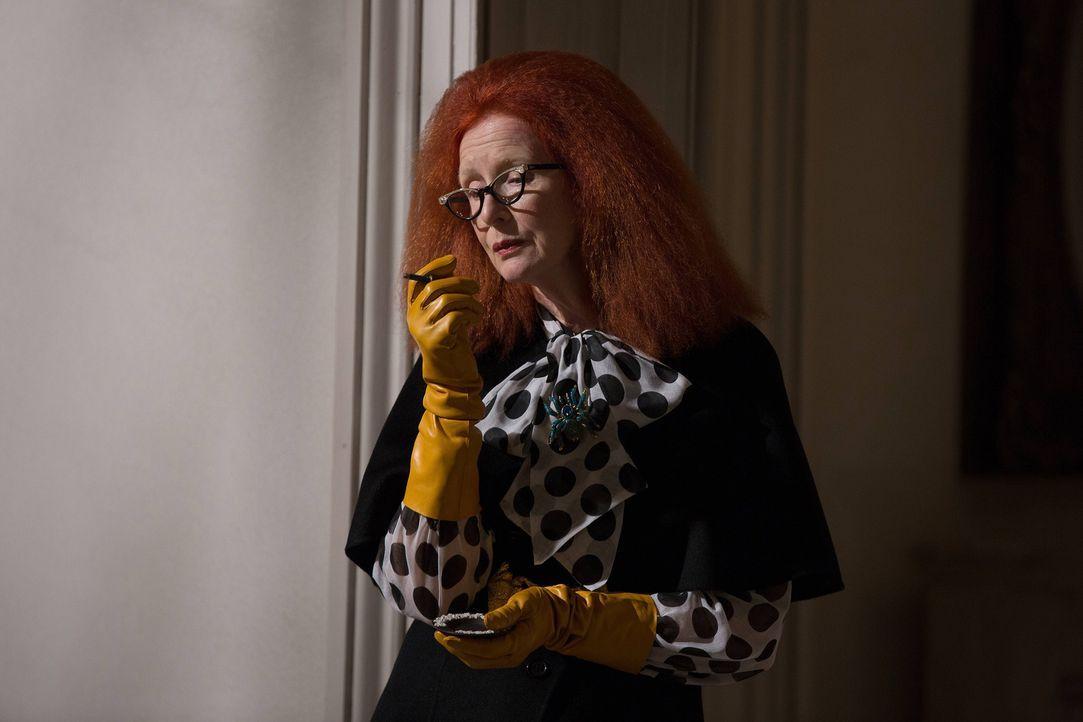 Myrtle (Frances Conroy) gibt Zoe einen wichtigen Ratschlag, nachdem Cordelia für den Zirkel ein großes Opfer erbracht hat ... - Bildquelle: 2013-2014 Fox and its related entities. All rights reserved.