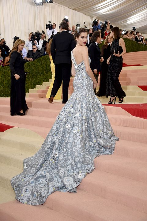 MET-Gala-Allison-Williams-02-getty-AFP - Bildquelle: Dimitrios Kambouris/Getty Images/AFP