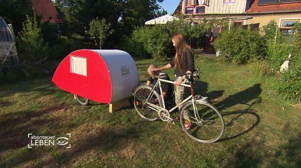 abenteuer leben video fahrrad goes wohnwagen 2. Black Bedroom Furniture Sets. Home Design Ideas