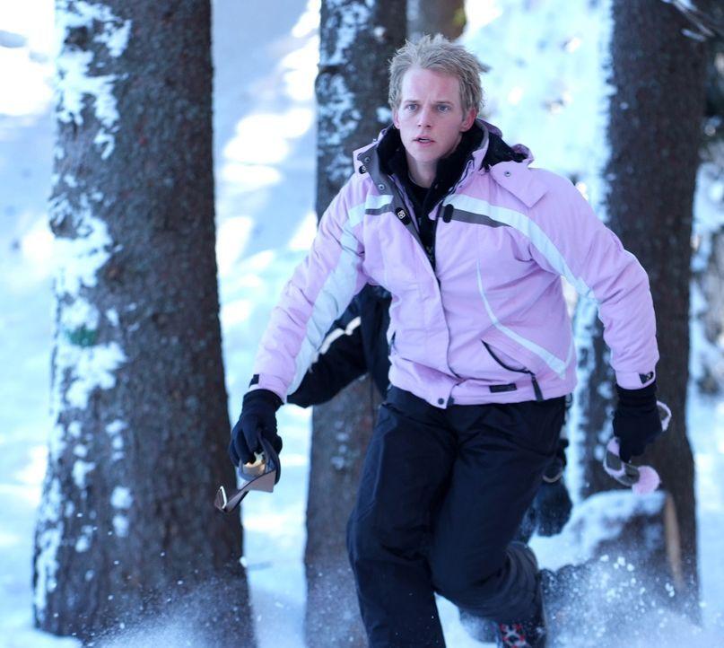 Versucht alles, damit er mit seiner Prinzessin schöne Flitterwochen verbringen kann: Prinz Edvard von Dänemark (Chris Geere) ... - Bildquelle: Nu Image Films