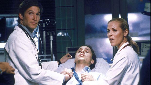 Der vermeintliche Hypochonder Henry (Chad Lowe, M.) hat eine schwere Latexall...