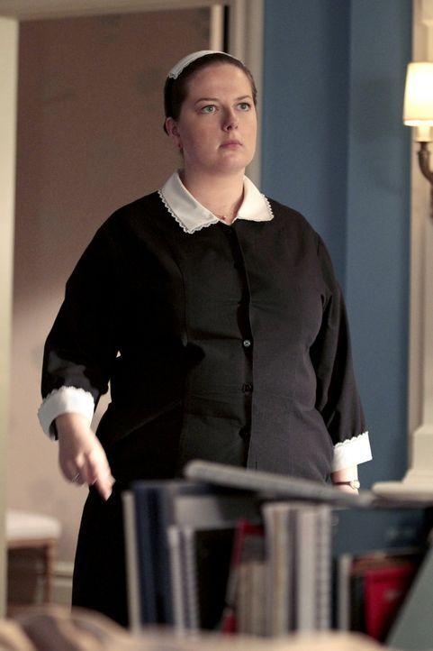 Hat es nicht immer leicht: Dorota (Zuzanna Szadowski) ... - Bildquelle: Warner Bros. Television