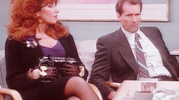 Al (Ed O'Neill, r.) und Peggy (Katey Sagal, l.) erfahren, dass sie einen männ...