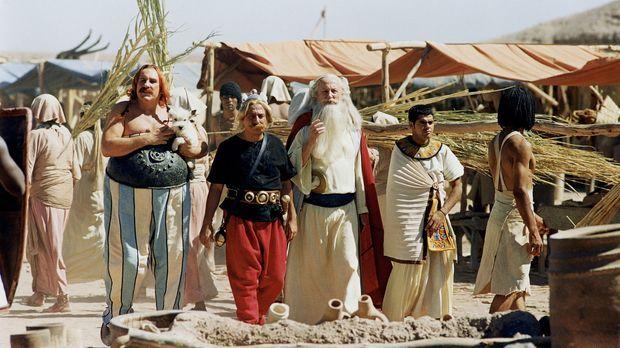 Asterix & Obelix: Mission Kleopatra - Obelix (Gerald Depardieu, l.), Asterix...