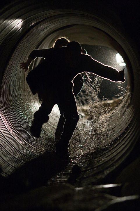 Gefangen in einem tödlichen Katz-und-Maus-Spiel müssen die drei Freunde um ihr Leben rennen ... - Bildquelle: 2008 Stage 6 Films, Inc. All Rights Reserved.