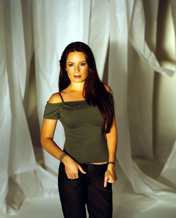 (6. Staffel) - Geht mit allen Mitteln gegen das stets präsente Böse vor: Piper (Holly Marie Combs) ... - Bildquelle: Paramount Pictures