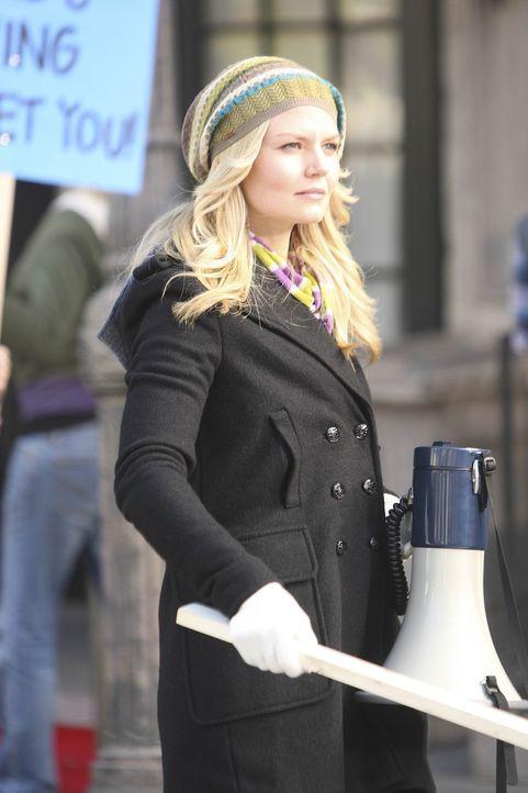Während Ted die sympathische Aktivistin Zoey (Jennifer Morrison) kennenlernt, versucht Marshall weiterhin, gemeinsam mit Lily ein Kind zu zeugen ... - Bildquelle: 20th Century Fox International Television