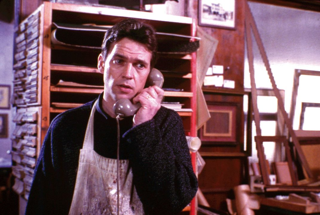 Der an akuter Leukämie erkrankte Jonathan (Dougray Scott) soll gegen das Versprechen, dass nach seinem Ableben finanziell für seine Familie gesorg... - Bildquelle: Warner Bros.