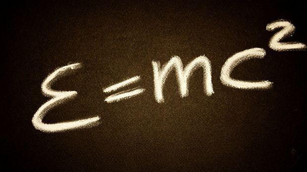K1 Doku_Albert Einstein und die Relativit+ñtstheorie_Albert Einstein_Bild 1_P...