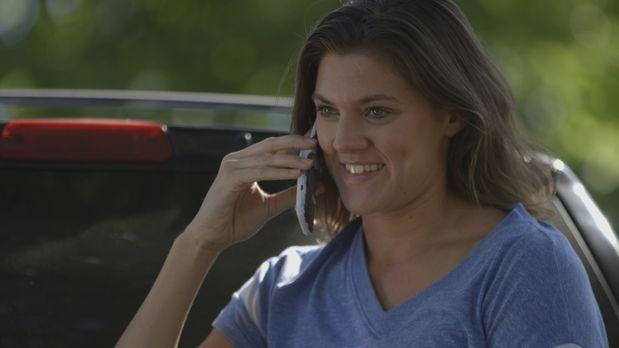 Hat noch gut lachen: Stephanie Bennett ahnt nicht, dass sie die ganze Zeit be...