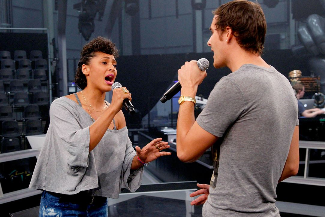 battle-sandra-vs-michael02-the-voice-of-germany-huebnerjpg 1700 x 1133 - Bildquelle: SAT1/ProSieben/Richard Hübner