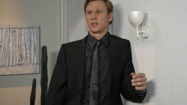 Philip (Philipp Romann) ist aufgewühlt: Nach Ginas Verleumdung will Alexandra...