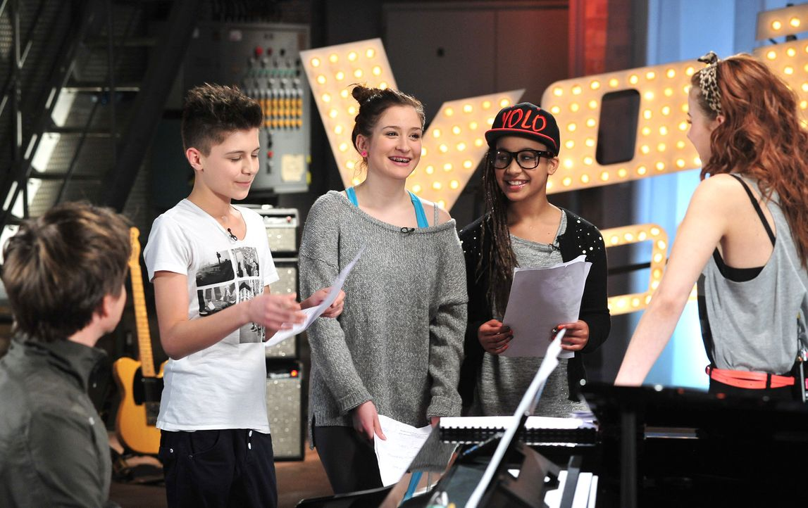 The-Voice-Kids-Stf02-Epi06-Naomi-Selma-Lukas-94-SAT1-Andre-Kowalski - Bildquelle: SAT.1/Andre Kowalski