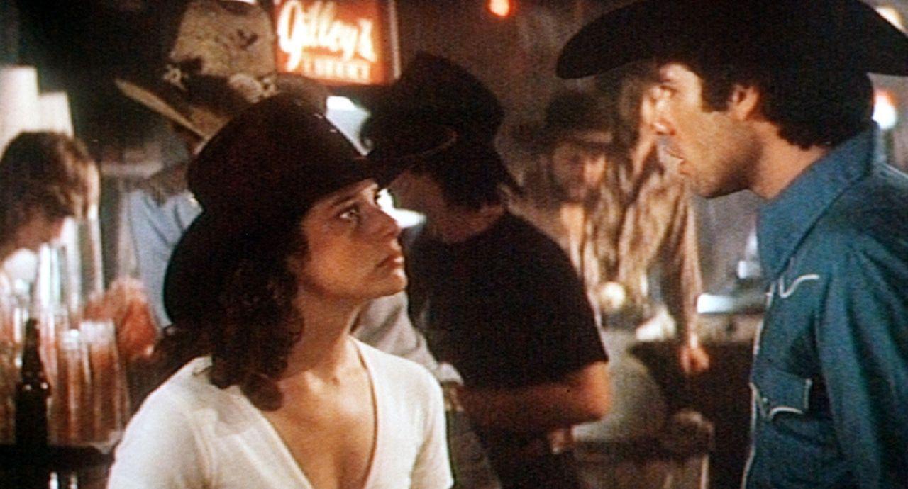 Zwischen Sissy (Debra Winger, l.) und Bud (John Travolta, r.) herrschen nicht immer Friede, Freude und Eierkuchen ...