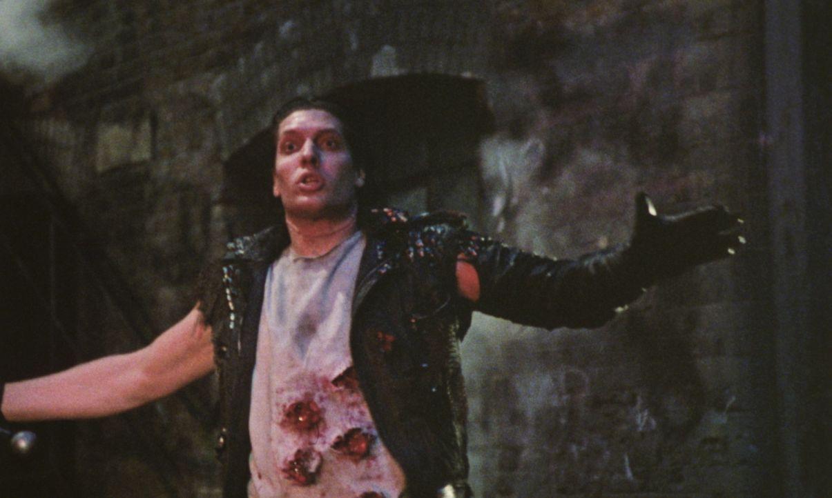 Der barbarische Kurgan (Clancy Brown) ist die perfekte Tötungsmaschine. Wenn es ihm gelingen sollte, die Kämpfe zu gewinnen, wird die Menschheit für... - Bildquelle: 20th Century Fox Film Corporation