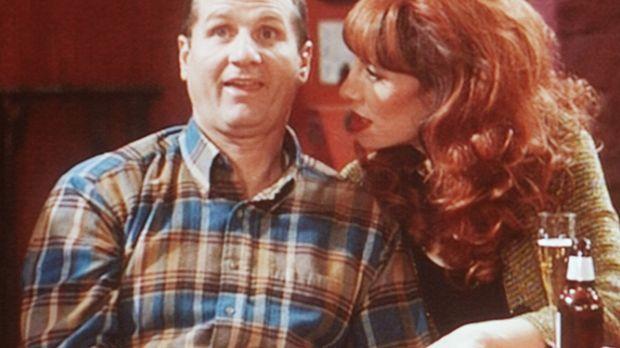 Al (Ed O'Neill, l.) will Peggy (Katey Sagal, r.) überzeugen, dass er gegen St...