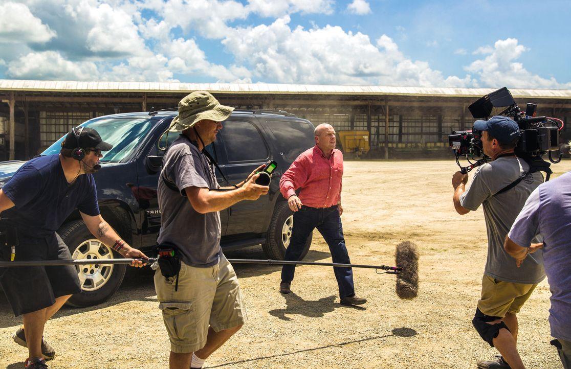 Under The Dome - Behind The Scenes - Bild vom Set der Serie18 - Bildquelle: CBS Television