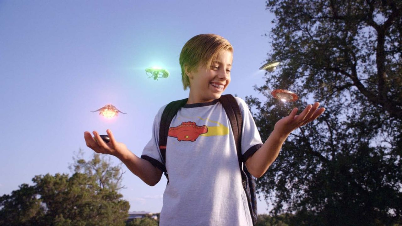 Als Toe (Jimmy Bennett) eines Tages einen magischen Regenbogenstein entdeckt, verändert sich sein Leben vollständig ... - Bildquelle: Warner Brothers