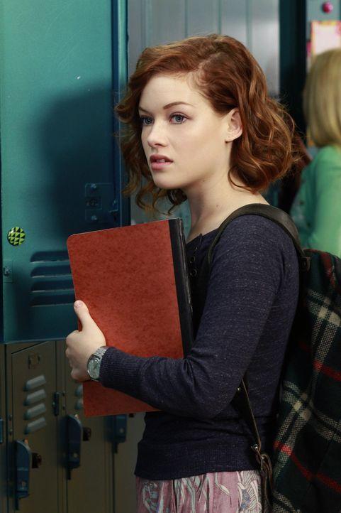 Versucht ihre neue Lehrerin zu beeindrucken - doch ob das klappen wird? Tessa (Jane Levy) ... - Bildquelle: Warner Brothers