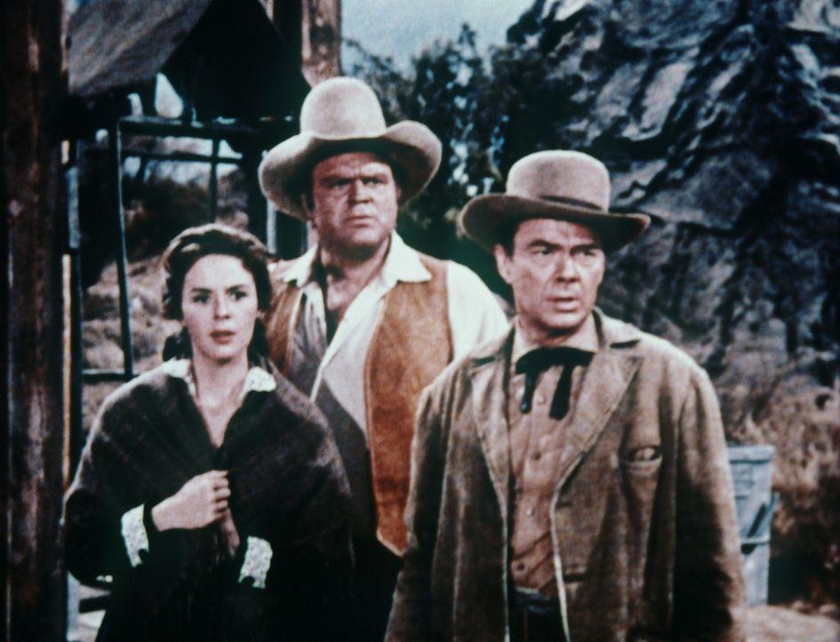 Helen (Mala Powers, l.), Hoss Cartwright (Dan Blocker, M.) und Ingenieur Deidesheimer (John Beal) wollen auf eigene Faust eine neue Sicherheitskonst... - Bildquelle: Paramount Pictures