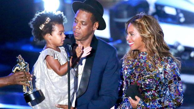 Jay-Z-Beyonce-14-08-24-(2)-MTV-VMAs-AFP