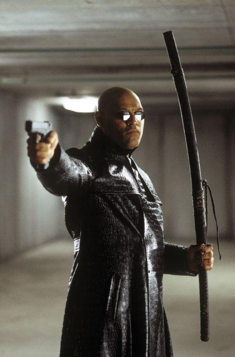 Schlägt gnadenlos zurück: Morpheus (Laurence Fishburne) ... - Bildquelle: Warner Bros.