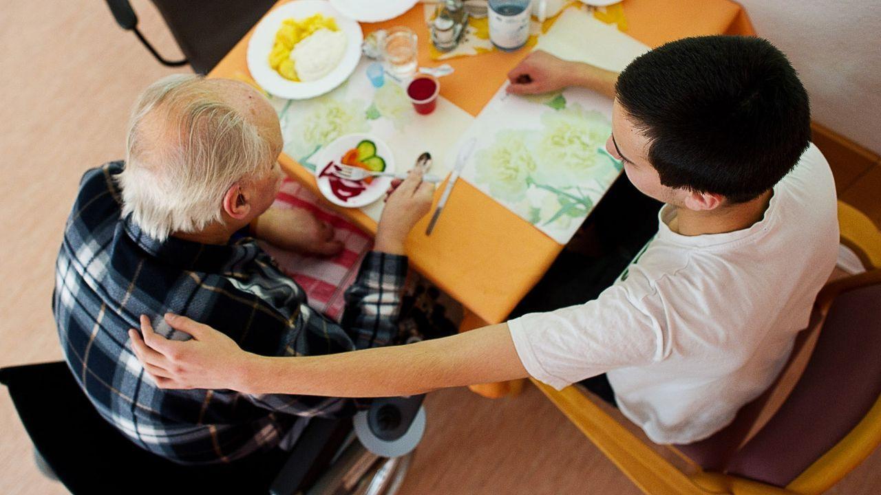 bundesfreiwilligendienst-12-02-08-dpa - Bildquelle: dpa