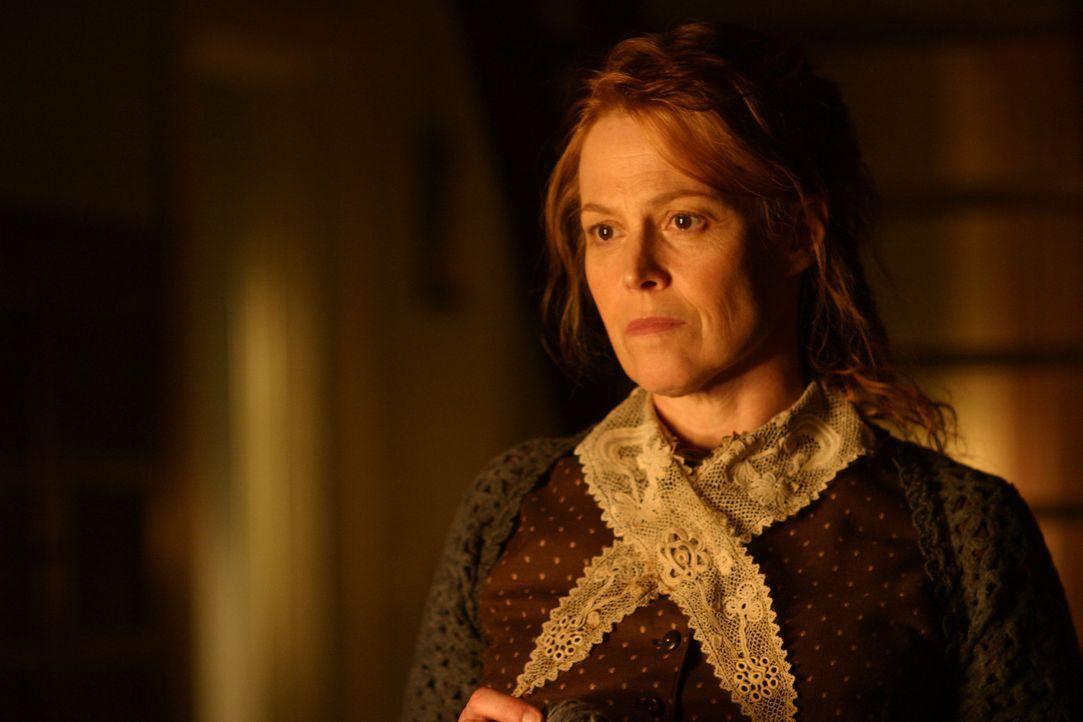 Alice Hunt (Sigourney Weaver) will unter keinen Umständen, dass ihr Sohn den todbringenden Wald durchquert, um in der Stadt Medikamente für den Notf... - Bildquelle: Touchstone Television