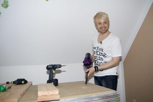 Die Promi-Heimwerker - Ex-Bro'Sis-Sänger Ross Antony gestaltet eine Kücheneck...