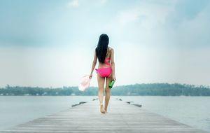 Frau_Bikini