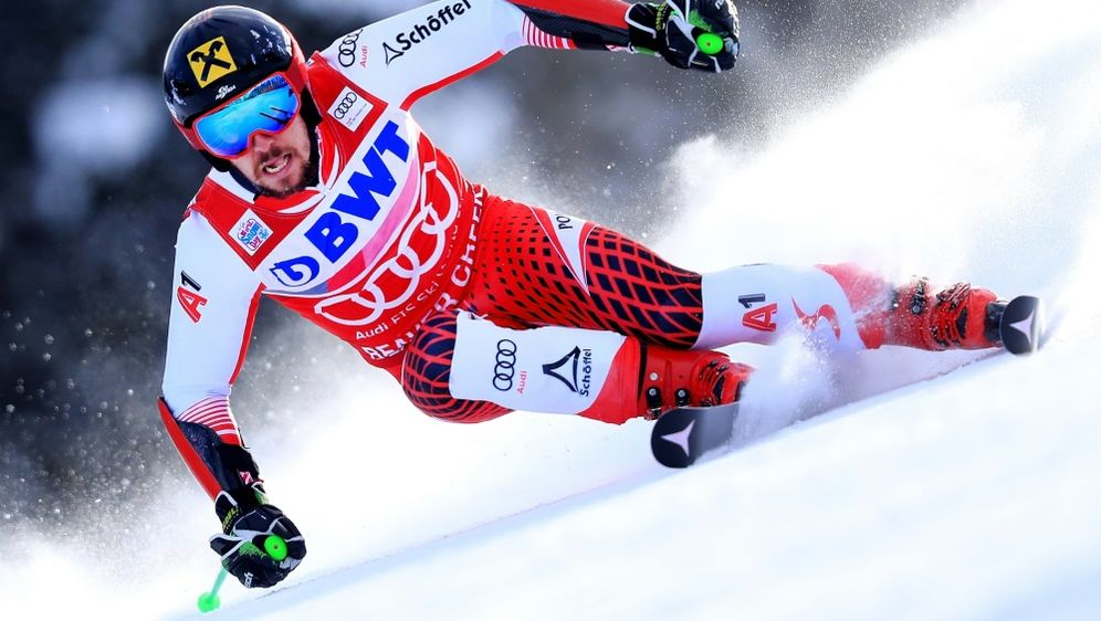 Der Österreicher Marcel Hirscher führt in Val d'Isere - Bildquelle: GETTY IMAGES NORTH AMERICAGETTY IMAGES NORTH AMERICASIDTOM PENNINGTON