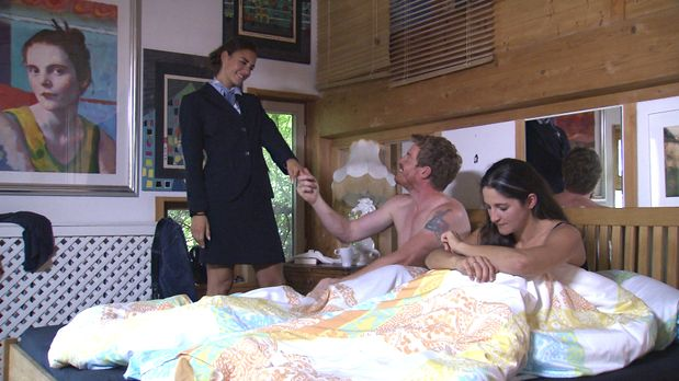 Schicksale - Ehe-zu-dritt1 - Bildquelle: SAT.1