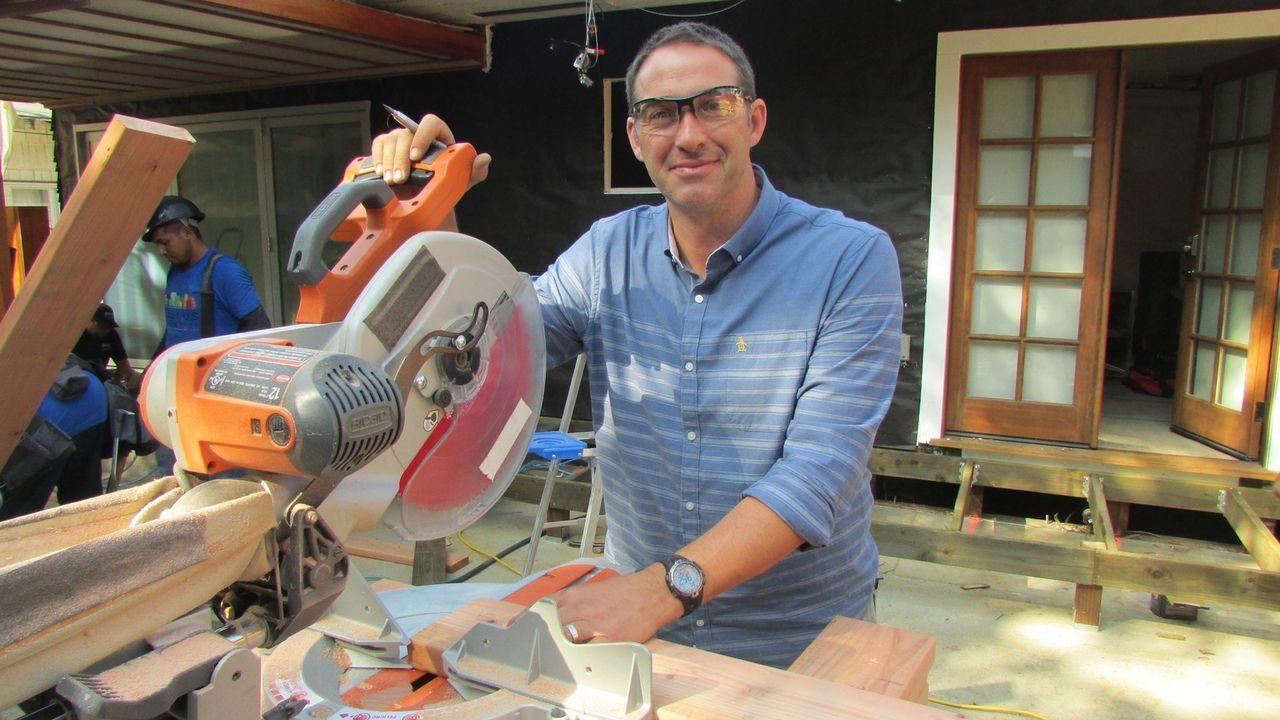 (11. Staffel) - Bauunternehmer Josh Temple sucht in Baumärkten nach Heimwerkern, die Hilfe benötigen. Wer Joshs Hilfe annimmt, erhält innerhalb von 3 Tagen einen komplett neu gestalteten Raum. Allerdings hat das Ganze einen Haken ...