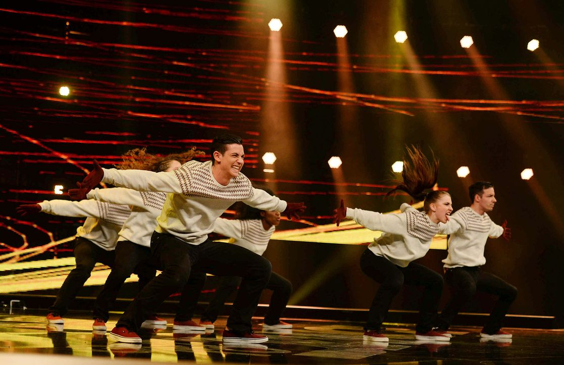 Got-To-Dance-Own-Risk-05-SAT1-ProSieben-Willi-Weber-TEASER - Bildquelle: SAT.1/ProSieben/Willi Weber