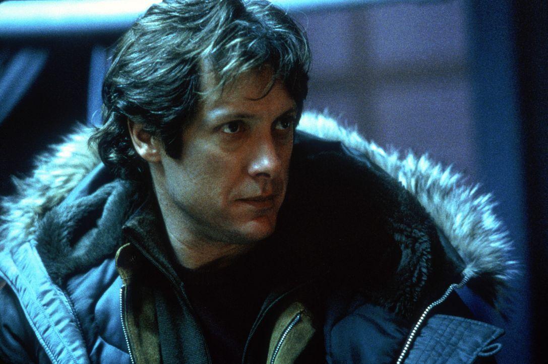Eines Tages muss sich Alien-Jäger Julien Rome (James Spader) der schrecklichen Gewissheit stellen, friedlich oder nicht, die Aliens sind allein dur... - Bildquelle: Nu Image
