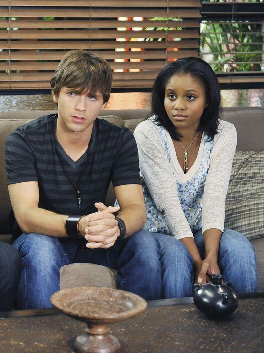 Wollen heiraten: Maya (Geffri Maya, r.) und Dink (Stephen Lunsford, l.) ... - Bildquelle: ABC Studios