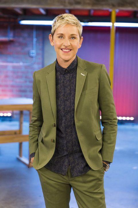 (2. Staffel) - Ellen DeGeneres lässt erfinderische Bastler gegeneinander antreten. Sie sollen in kürzester Zeit besondere Möbel zaubern ... - Bildquelle: Warner Bros.