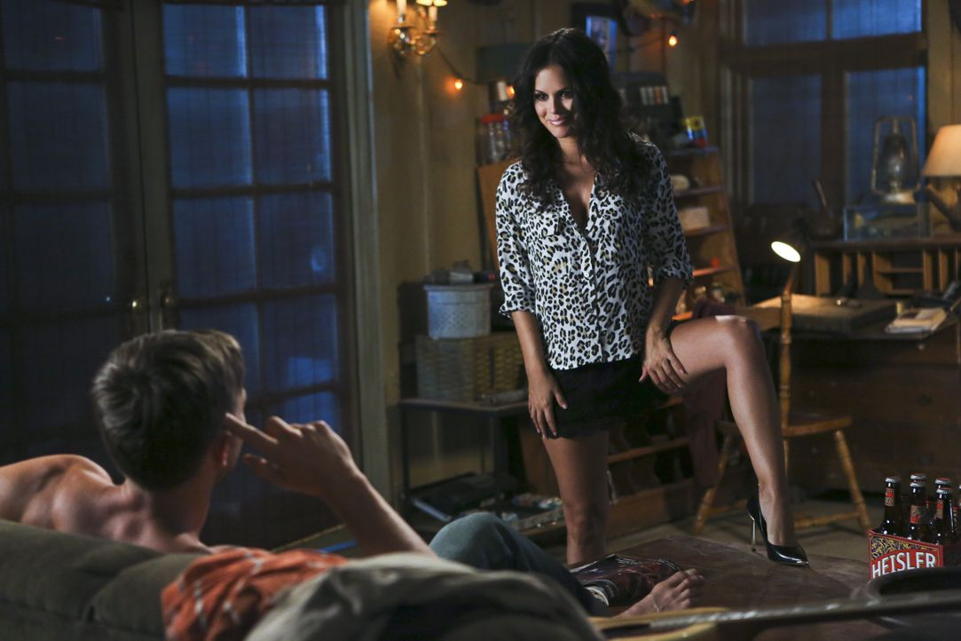Hart of Dixie: Zoe gewährt Wade tiefe Einblicke - Bildquelle: Warner Bros. Entertainment Inc.