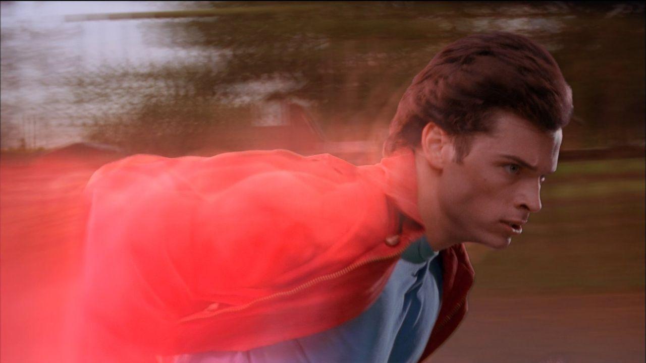(4. Staffel) - In seinem letzten Jahr auf der Highschool begibt sich Clark (Tom Welling) auf die Suche nach drei kryptonischen Kristallen ... - Bildquelle: Warner Bros.