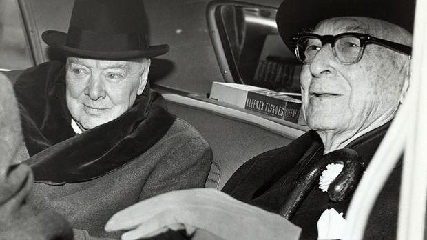 Winston Churchill (l.) und der US-amerikanische Politikberater Bernard Baruch.