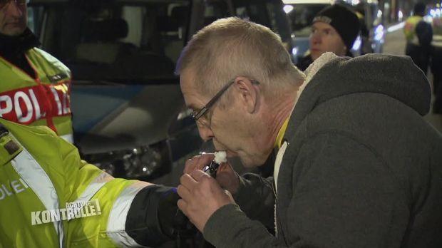 Achtung Kontrolle - Achtung Kontrolle! - Thema U.a.: Großkontrolle Gegen Alkohol - Und Drogensünder