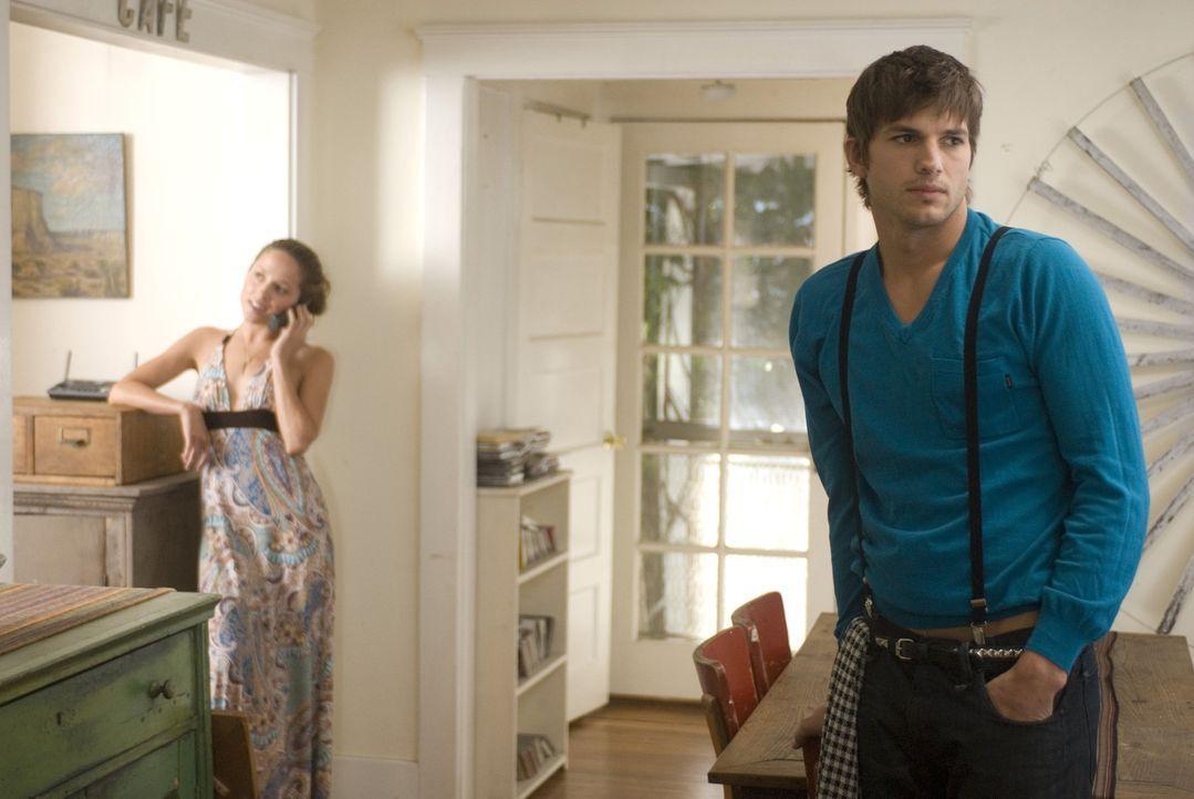Der schöne Nikki (Ashton Kutcher, r.) kennt seine Vorzüge, und er setzt sie eiskalt ein. Sex gegen ein Leben in Luxus, so lautet seine Erfolgsform... - Bildquelle: 2008 by EASY A Inc. All Rights Reserved